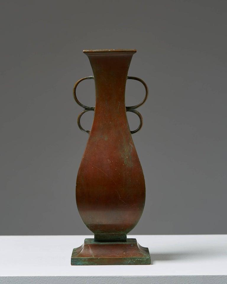 Scandinavian Modern Vase Designed by Sune Bäckström, Sweden, 1930s For Sale