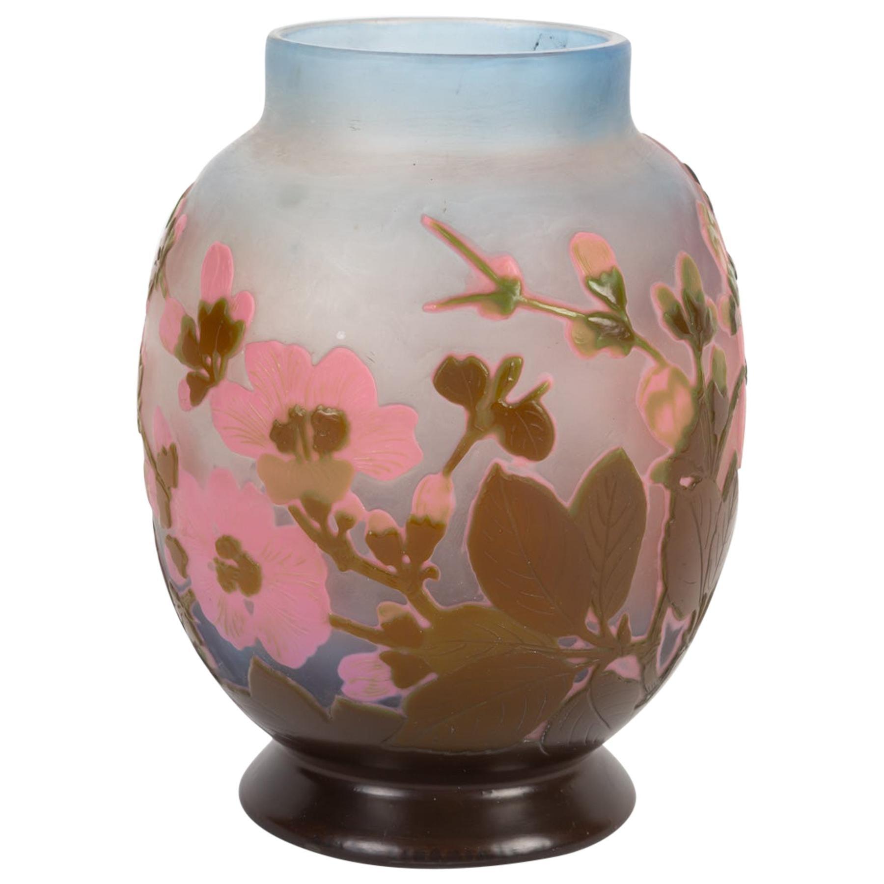 "Vase Gallée, Decors ""Japanese Cherry Blossoms"" Signed"
