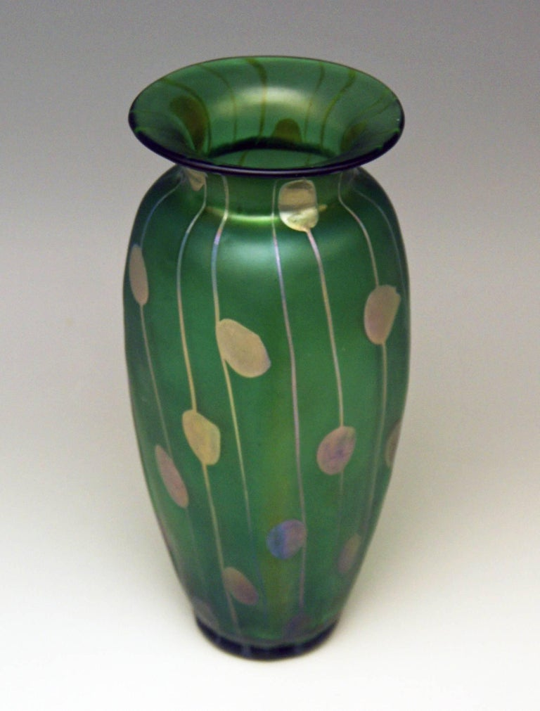 Vase Loetz Bohemia Art Nouveau Decor Spots and Stripes Kolo Moser, circa 1900 In Excellent Condition For Sale In Vienna, AT