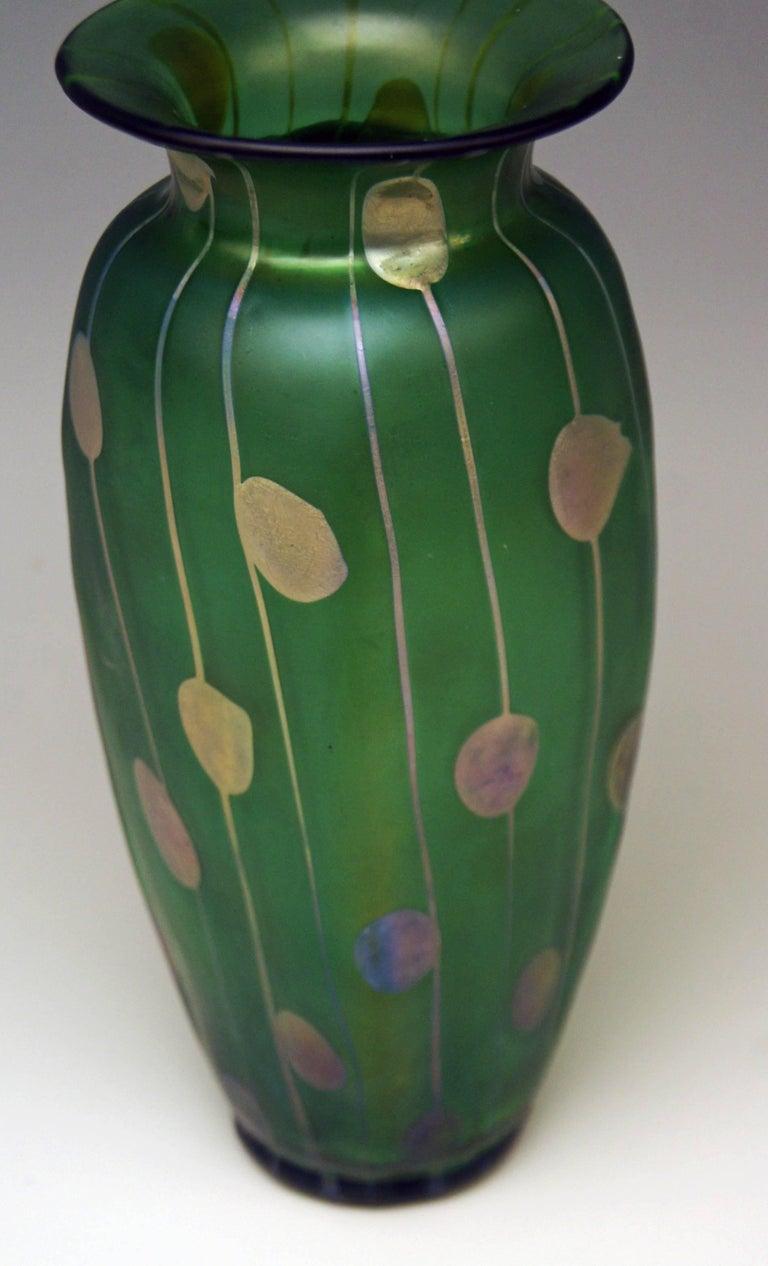 Early 20th Century Vase Loetz Bohemia Art Nouveau Decor Spots and Stripes Kolo Moser, circa 1900 For Sale
