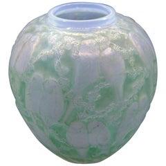 """Vase """"Perruches"""" Patiné Vert / Green Parakeets, R. Lalique"""