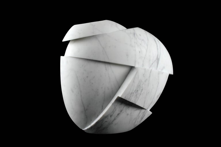 Vase Sculpture White Statuary Marble from Carrara by Pieruga Marble For Sale 4