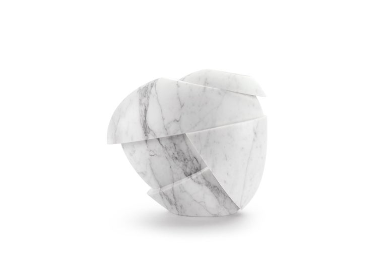 Modern Vase Sculpture White Statuary Marble from Carrara by Pieruga Marble For Sale