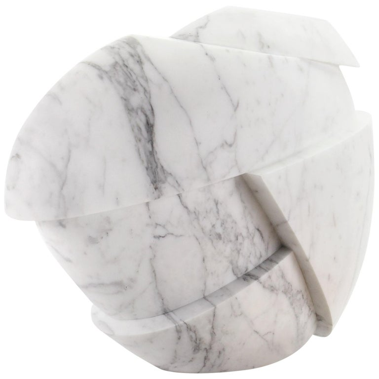 Vase Sculpture White Statuary Marble from Carrara by Pieruga Marble For Sale