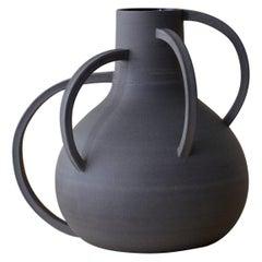 Vase V6-45-18 by Roni Feiten