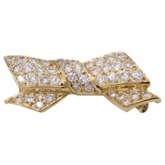 VCA Paris Diamond 18 Karat Gold Bow Brooch