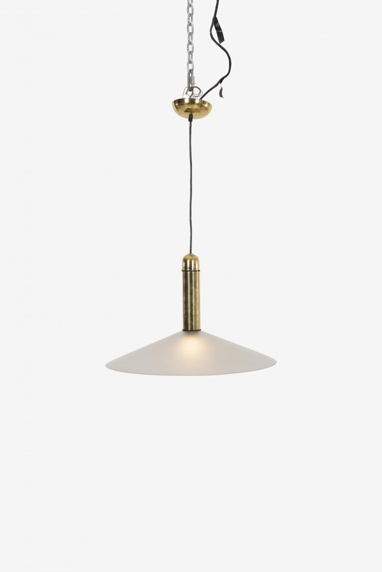 VeArt brass and Murano glass chandelier, brass stem and original canopy. Decal label on shade VeArt made in Italy.