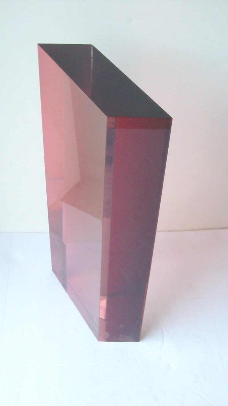 Very nice block acrylic sculpture, signed dated 1986. Rhombic shape.