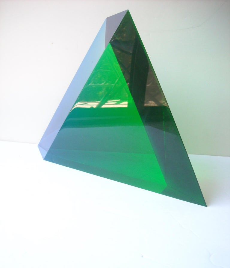 Very nice and very early acrylic triangle acrylic sculpture, signed, date. Vasa 1977. This is a great blue, clear and green combination of colors.