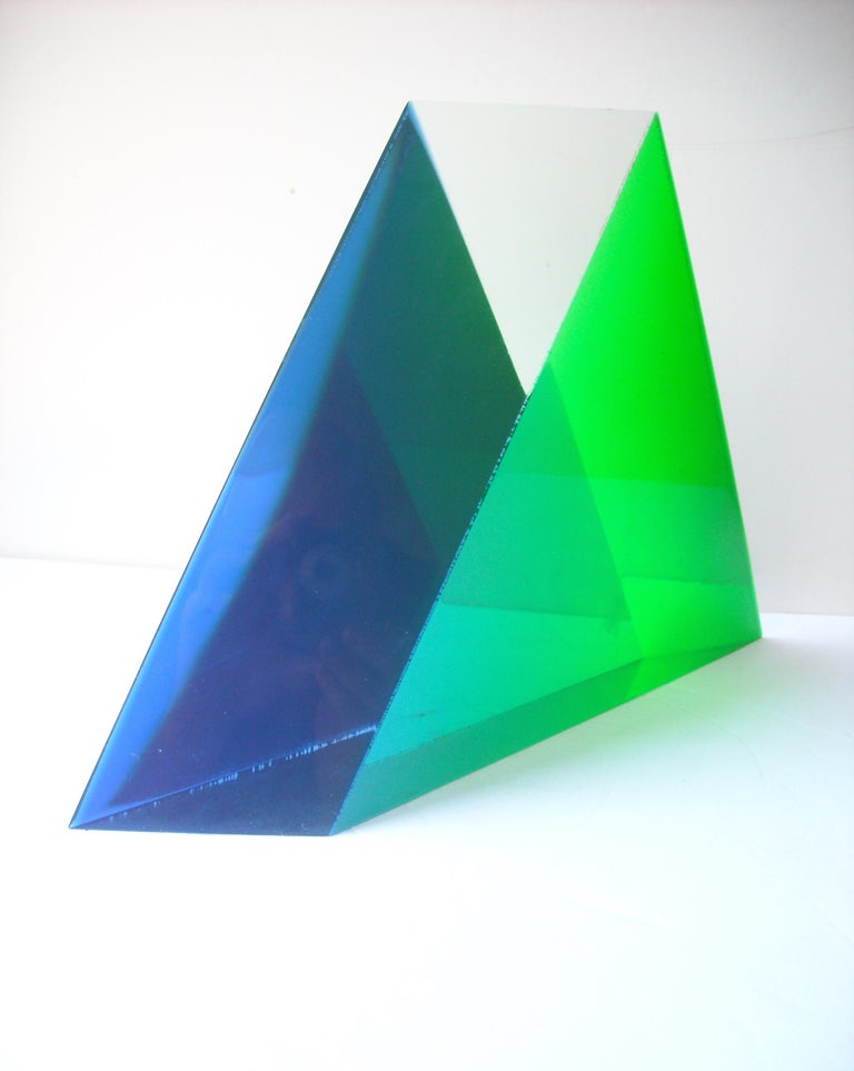 Hand-Crafted Velizar Mihich, Vasa Acrylic Decorative Triangle, Sculpture, Signed, Date For Sale
