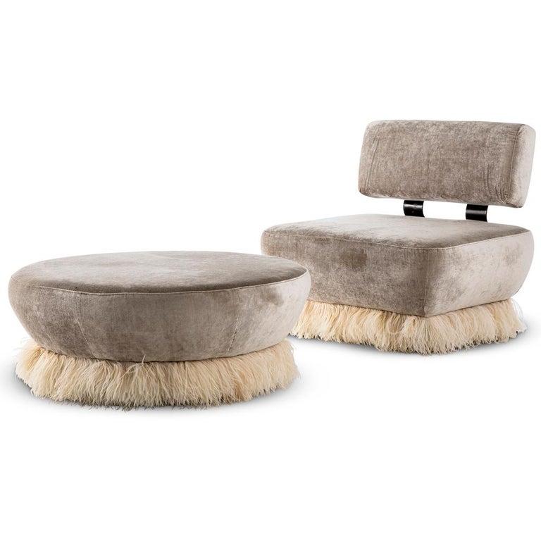 Velvet, Bronzed steel, Brass & Ostrich Feather - Ostrich Fluff Lounge Chair  For Sale 1