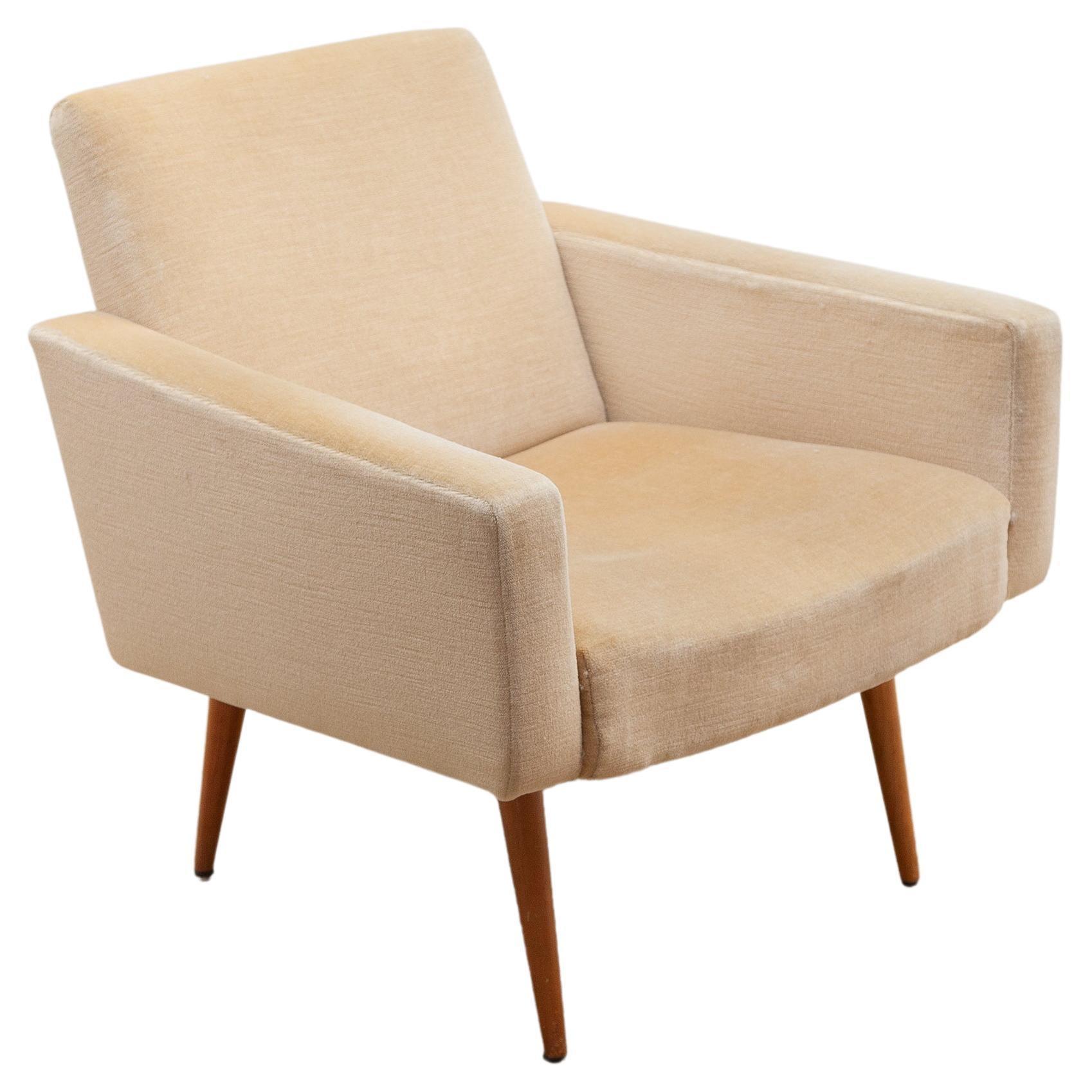 """Velvet Lounge Chair """"Antimott"""" designed by Walter Knoll, 1950s"""