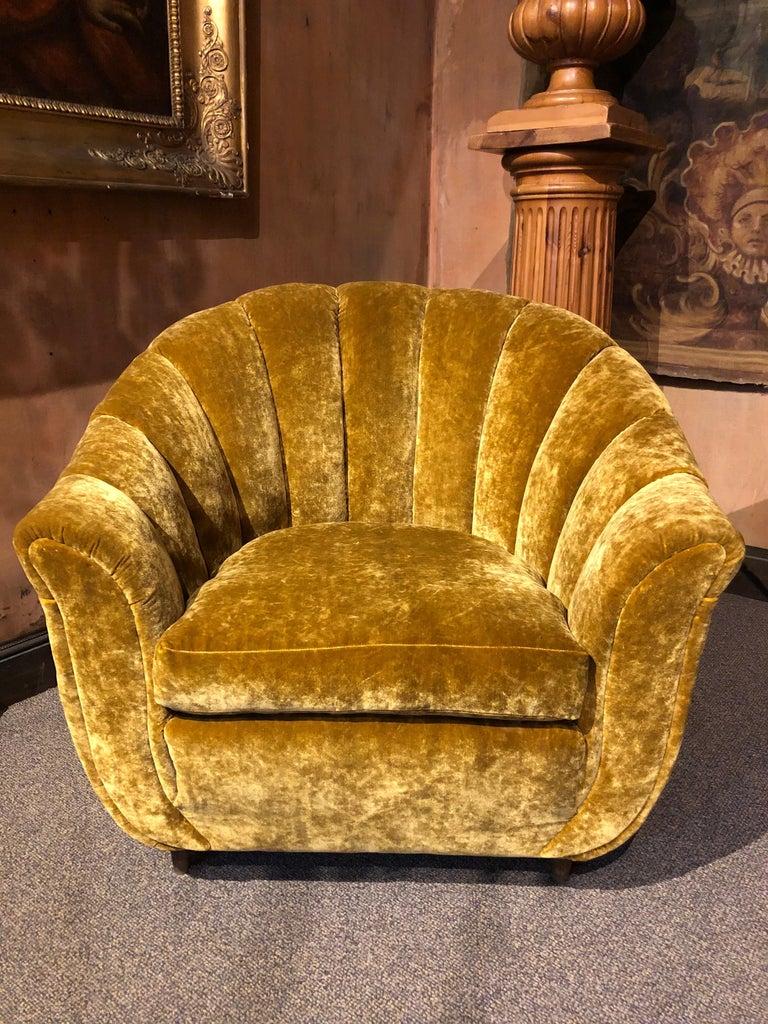 Baroque Revival Velvet Seashell Living Room Set For Sale