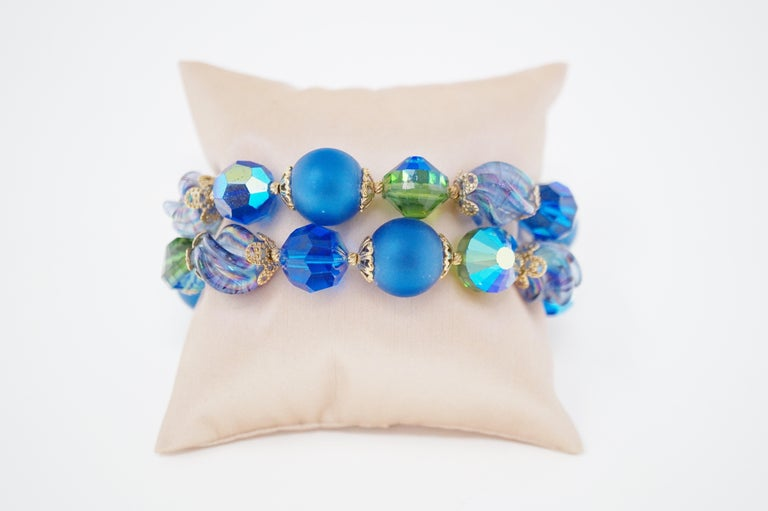 Vendome Beaded Bracelet with Aurora Borealis Crystals, circa 1950, Signed For Sale 3