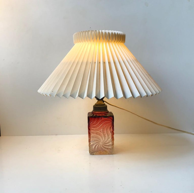 Venetian Art Glass Table Lamp from Murano, 1930s In Good Condition For Sale In Esbjerg, DK