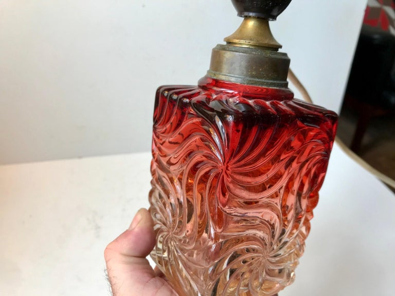 Mid-20th Century Venetian Art Glass Table Lamp from Murano, 1930s For Sale