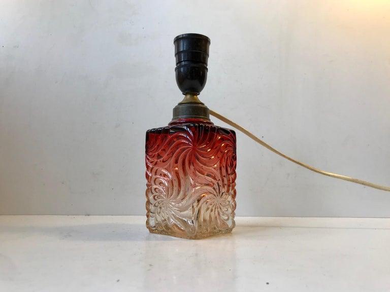 Venetian Art Glass Table Lamp from Murano, 1930s For Sale 1