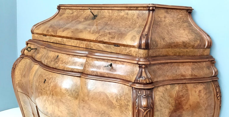 Venetian Baroque Myrtle Dresser with Floral Inlaid Designs, Italy, 1960s In Good Condition For Sale In Bresso, Lombardy