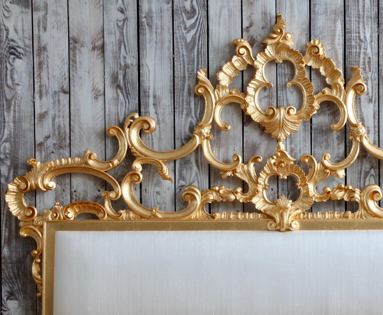 Venetian Bed, Rococo Style, Hand Crafted, Made by La Maison London In Excellent Condition For Sale In London, GB