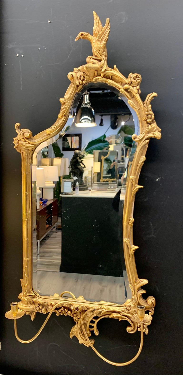 Venetian Early 20th Century Rococo Sculptural Carved Gilt Wood Mirror 8