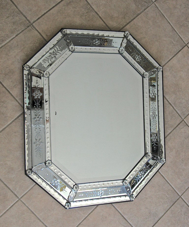 Venetian Italian Octagonal Etched Wall Mirror For Sale 13