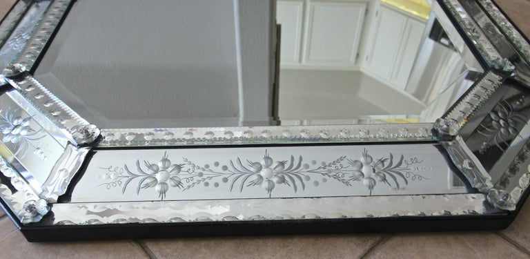 Venetian Italian Octagonal Etched Wall Mirror For Sale 2