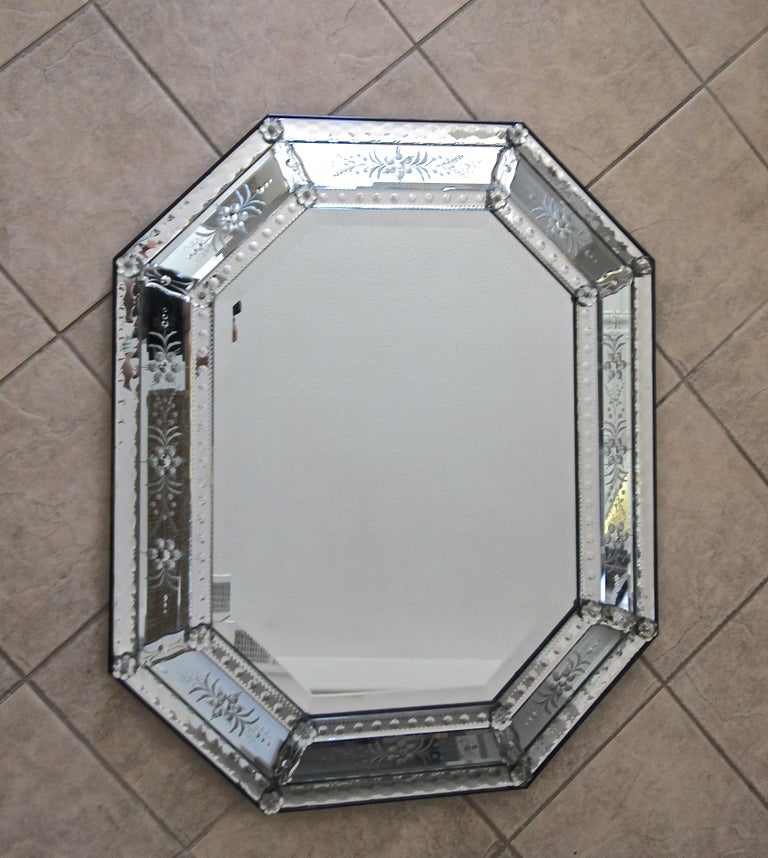 Venetian Italian Octagonal Etched Wall Mirror For Sale 3