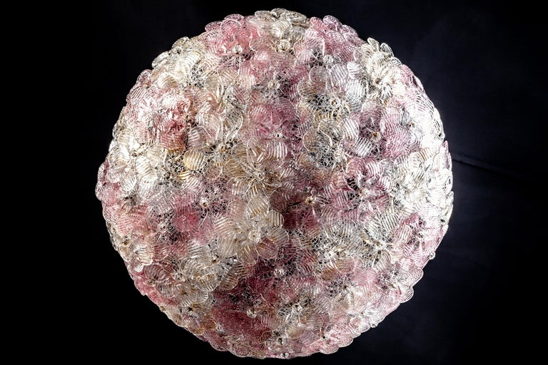 Mid-Century Modern Venetian Pink and Gilt Flower Glass Chandelier by Barovier e Toso, 1950 For Sale