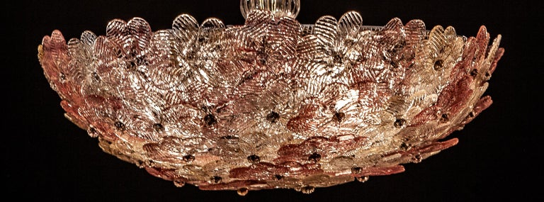 Venetian Pink and Gilt Flower Glass Chandelier by Barovier e Toso, 1950 For Sale 1