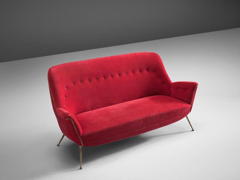 Venetian Red Fabric Italian Sofa, 1950s In Good Condition For Sale In Waalwijk, NL