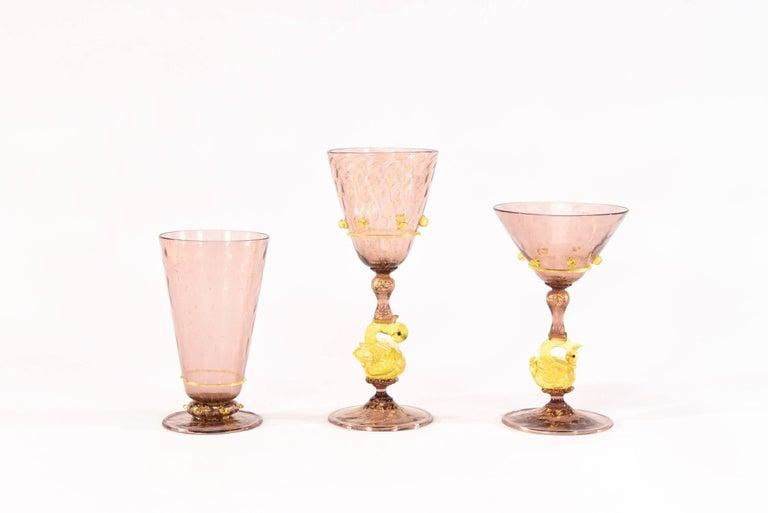 Italian Venetian Salviati Set of 36 Pcs Stemware Service Amethyst w/ Gold Leaf & Swans For Sale