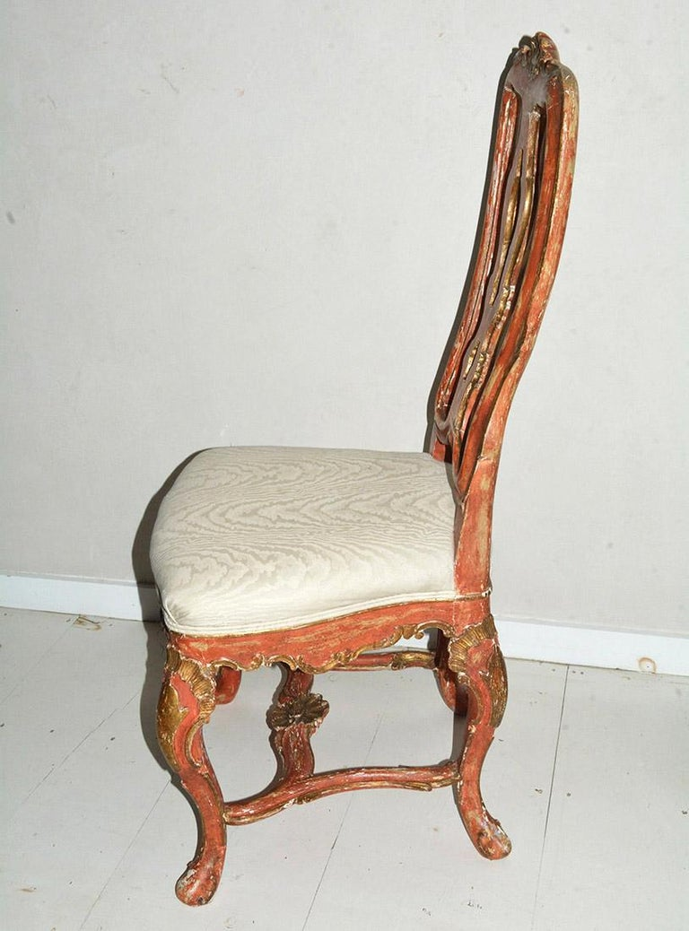 Venetian Style Carved, Gilt and Paint Decorated Dining Chairs In Good Condition For Sale In Great Barrington, MA