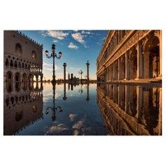 Venice Piazzetta Acqua Alta, Color Photographie Fine Art Print by Rainer Martini