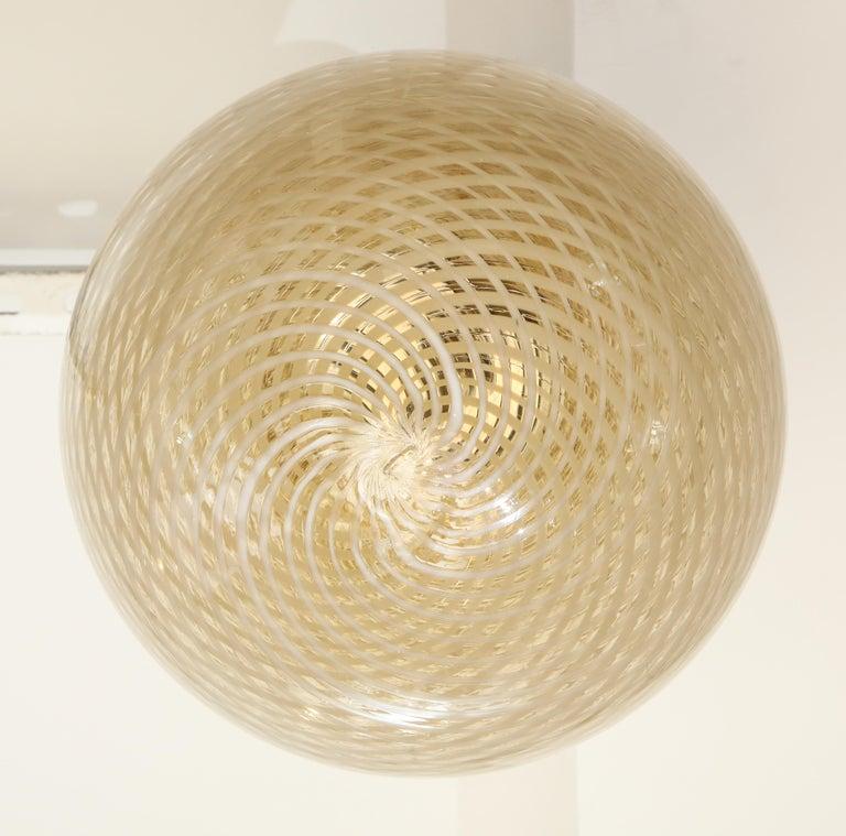Venini 1930s Reticello Glass Globe Chandelier For Sale 5