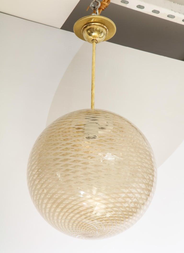 Italian Venini 1930s Reticello Glass Globe Chandelier For Sale