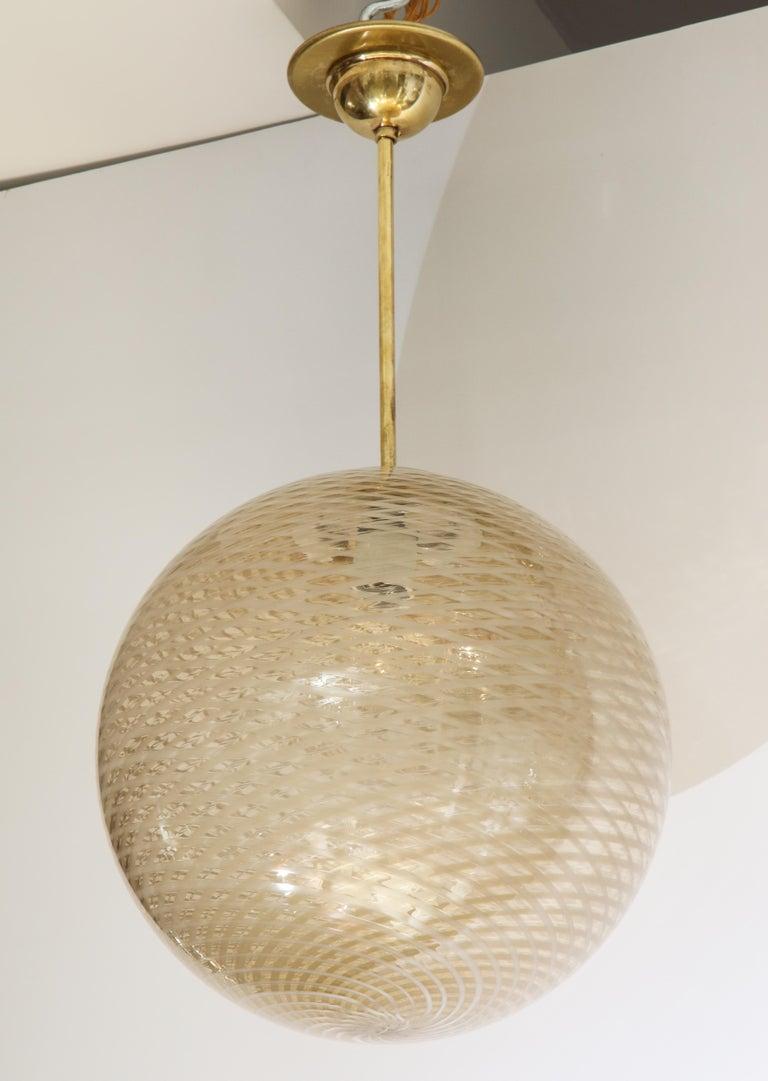 Venini 1930s Reticello Glass Globe Chandelier For Sale 3