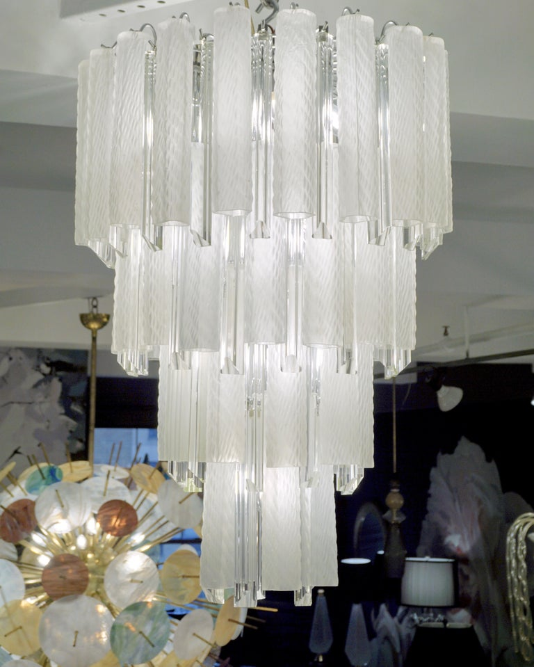 Venini 1960s Cylinder Crystal and White Murano Glass Round Chandelier on Nickel For Sale 3