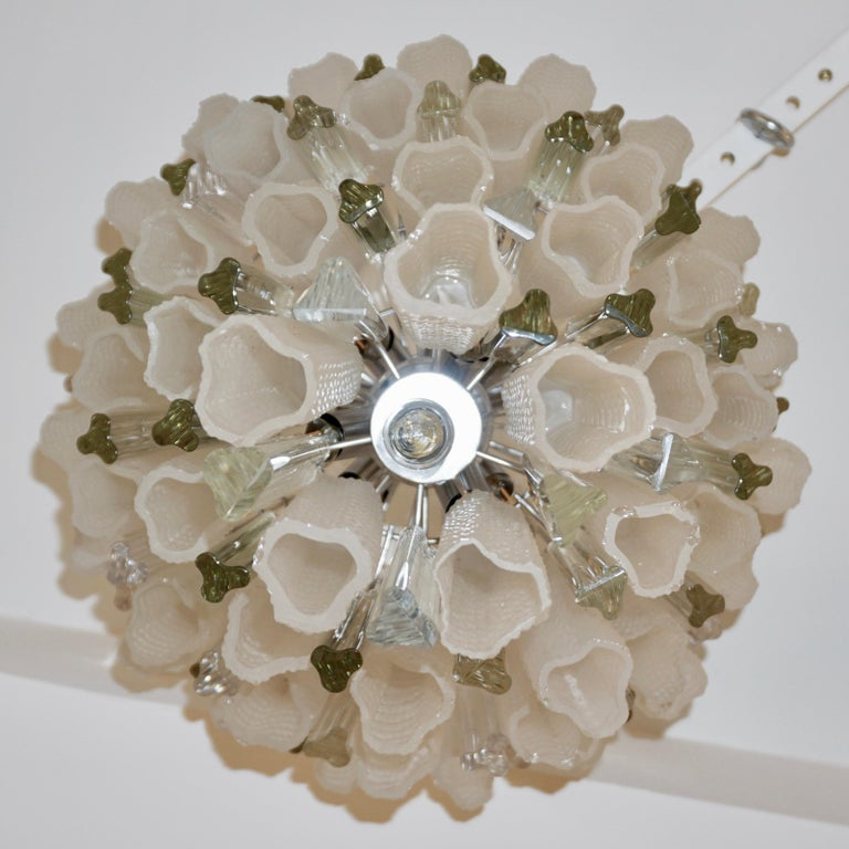 Metal Venini 1960s Cylinder Crystal and White Murano Glass Round Chandelier on Nickel For Sale