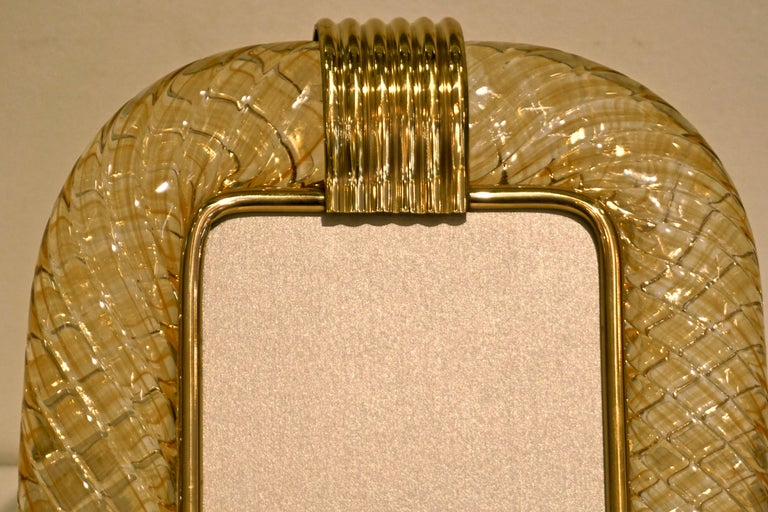 Venini 1970s Italian Vintage Amber Gold Murano Glass and Brass Photo Frame In Excellent Condition For Sale In New York, NY