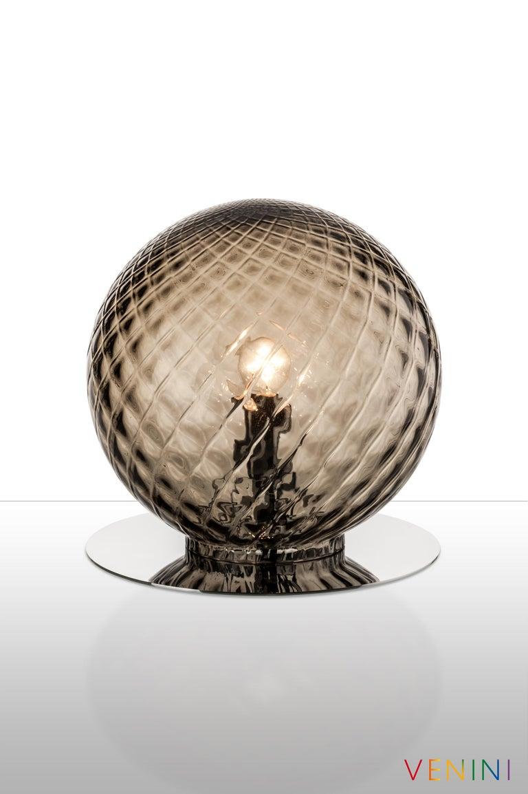 Modern Venini Balloton Globe Table Light in Gray For Sale