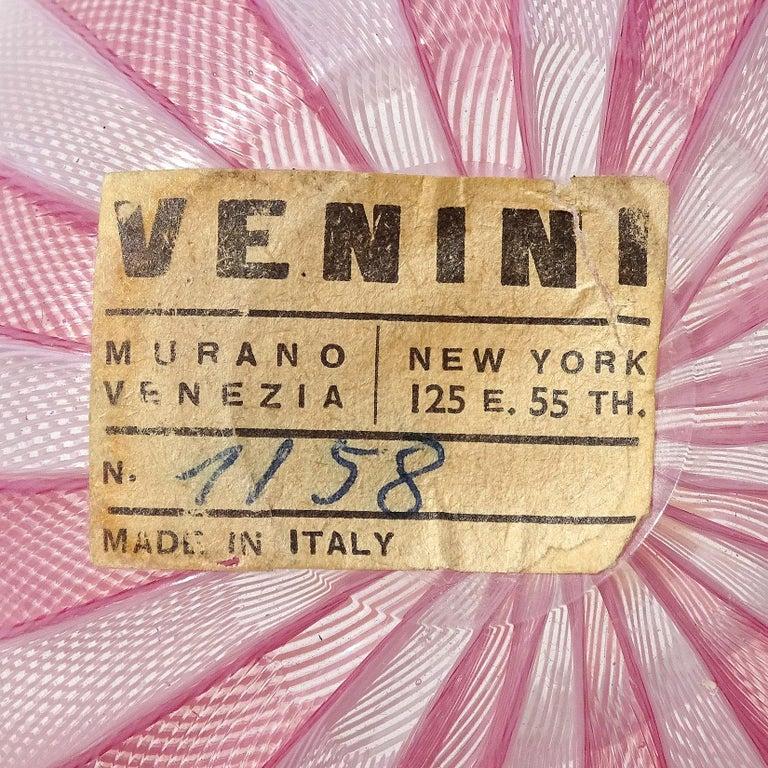 Venini Bianconi Murano Pink White Italian Art Glass Fazzoletto Handkerchief Vase In Good Condition For Sale In Kissimmee, FL