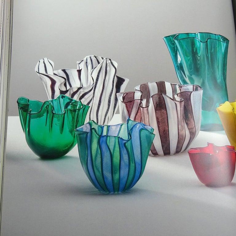 Venini Bianconi Murano Pink White Italian Art Glass Fazzoletto Handkerchief Vase For Sale 2