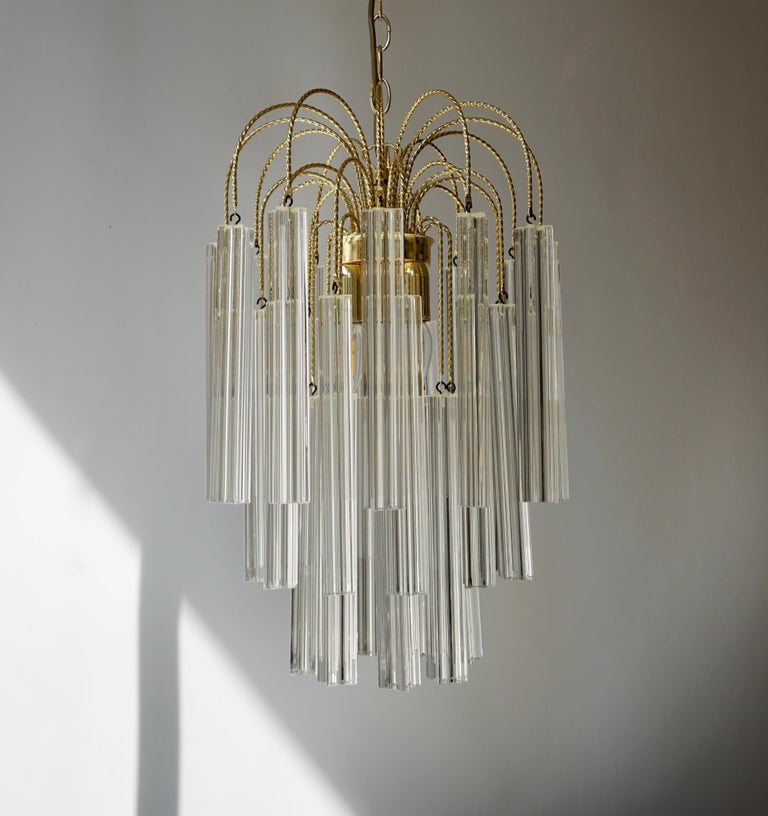 Venini Italian Quatro Punta Crystal Prism Chandelier In Good Condition For Sale In Antwerp, BE