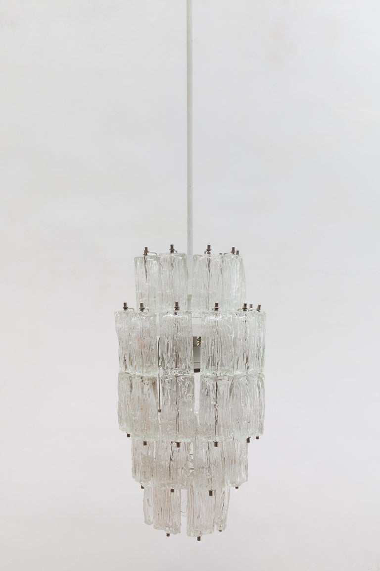 Venini Large Chandelier Iced Textured Clear Glass Five Tiers 1960s Murano, Italy For Sale 2