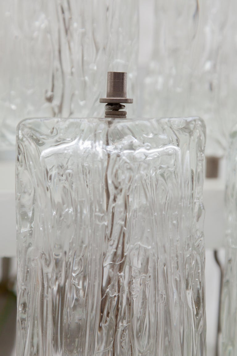 Mid-20th Century Venini Large Chandelier Iced Textured Clear Glass Five Tiers 1960s Murano, Italy For Sale
