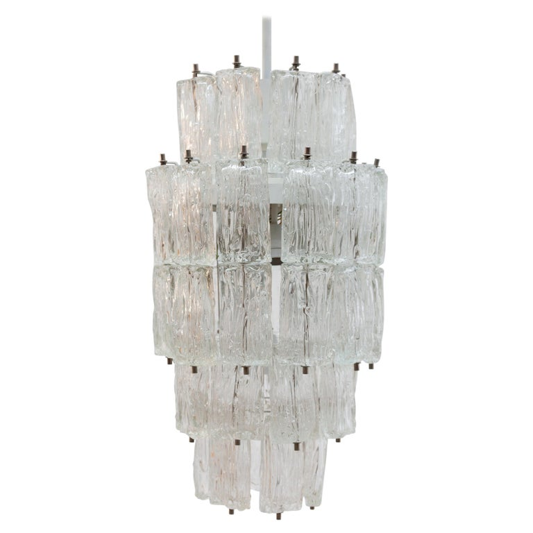 Venini Large Chandelier Iced Textured Clear Glass Five Tiers 1960s Murano, Italy For Sale
