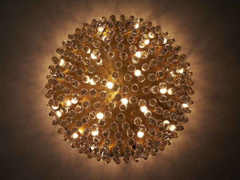 Italian Venini Large Chandelier in Brass with Glass Drops For Sale