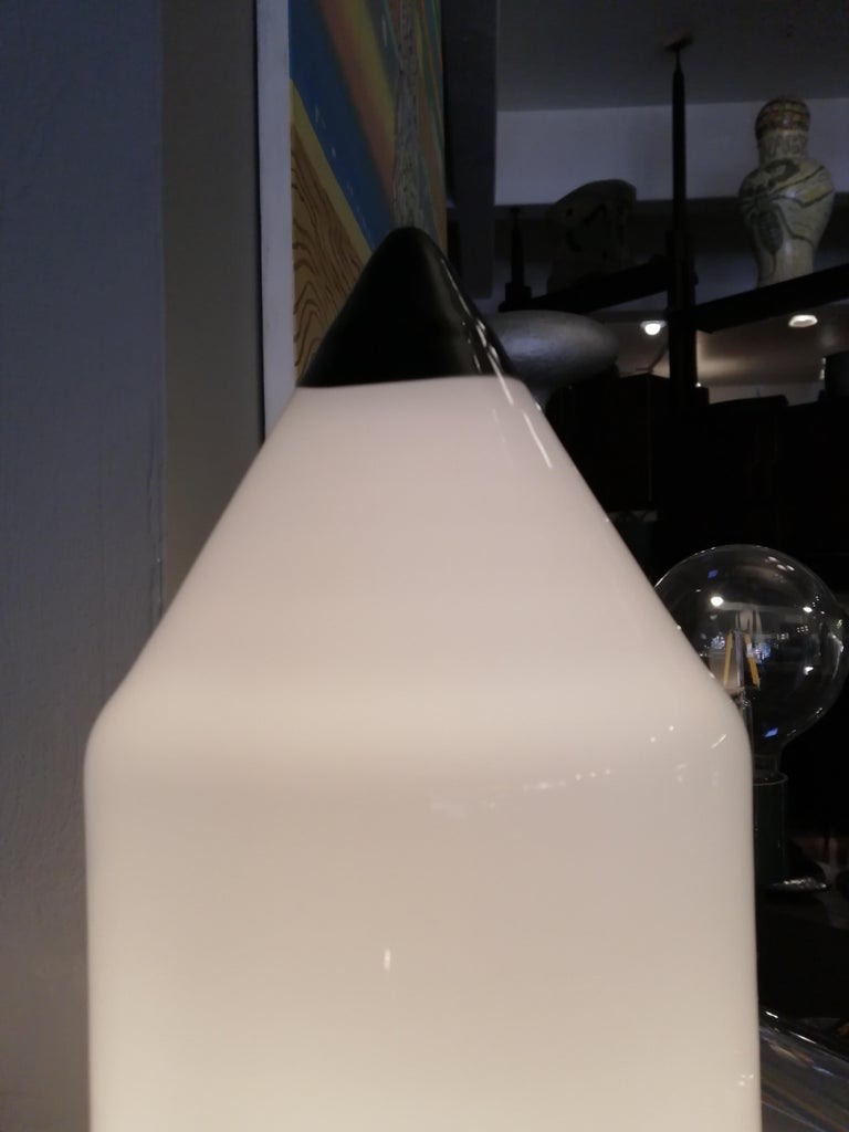 Mid-Century Modern Venini Murano Pencil Table Lamp For Sale