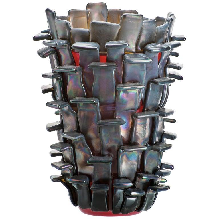 Venini Ritagli Glass Vase in Iridescent Red by Fulvio Bianconi For Sale