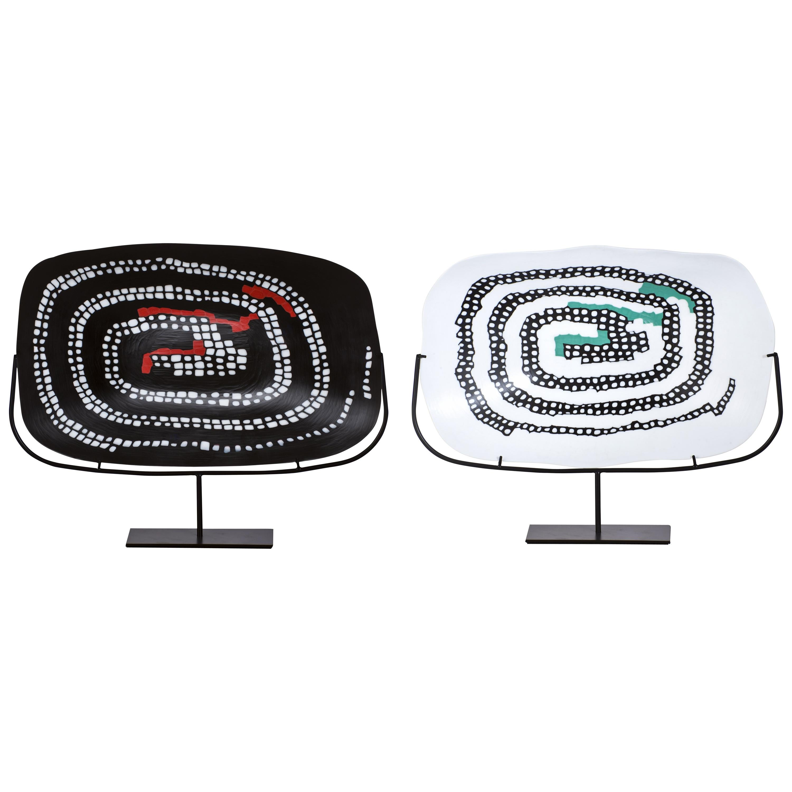 Venini Serpente Plate in Black with Coral Red Detail by Carlo Scarpa